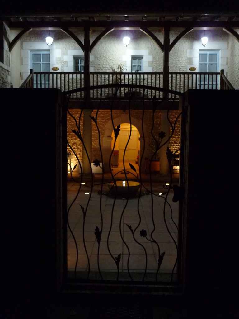 Le patio de nuit